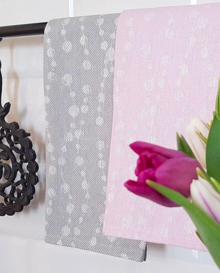 Helminauhat-pyyhe-detail