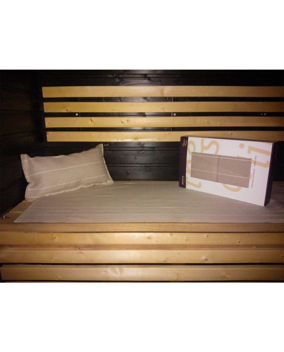 Liituraita-tyyny-valkoinen-detail